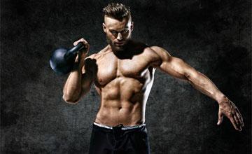 Упражнения с гирей на плечи